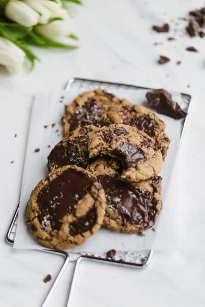 chocolate chip cookies with fleur de sel