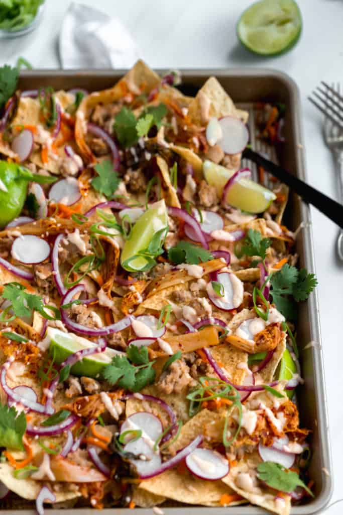 banh mi sheet pan nachos!