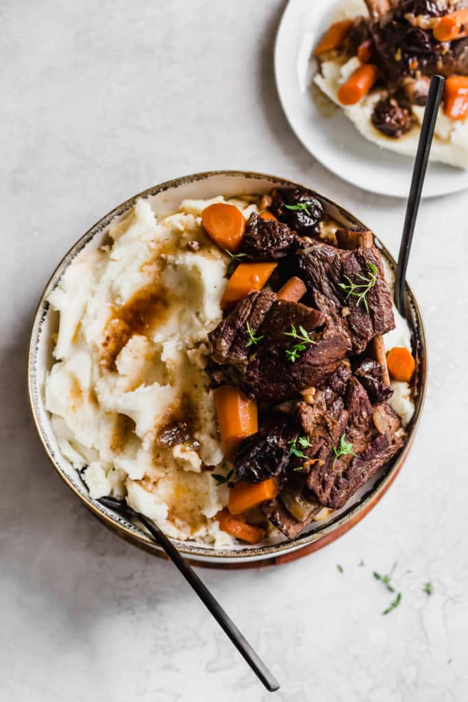drunken braised short ribs with rye, carrots, prunes, and fresh thyme