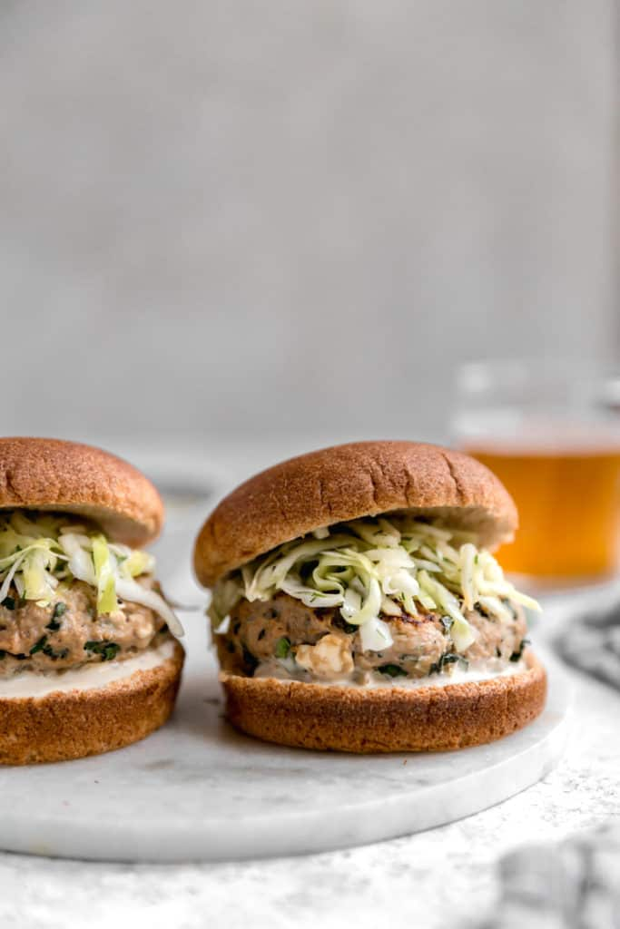 turkey burgers with apple cabbage slaw