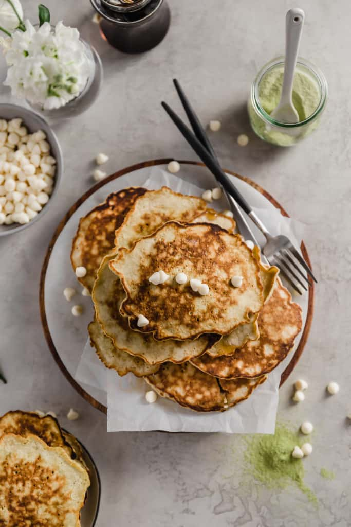 matcha latte pancakes with white chocolate chips