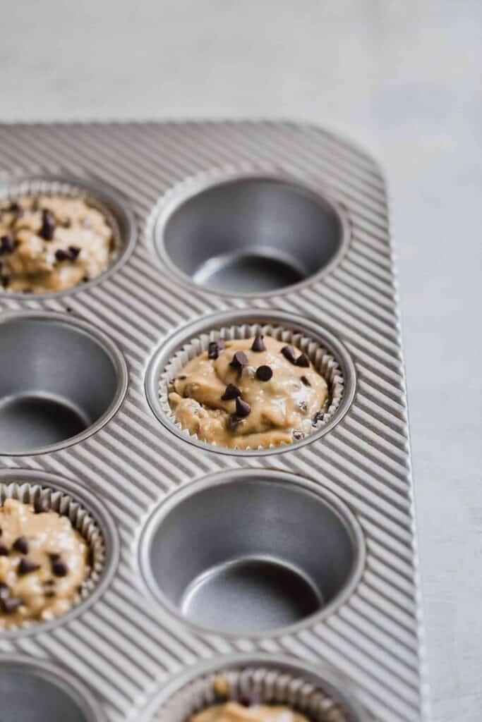 banana chocolate chip spelt flour muffins