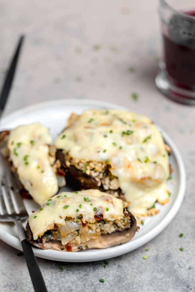 sliced stuffed portobello mushroom cap