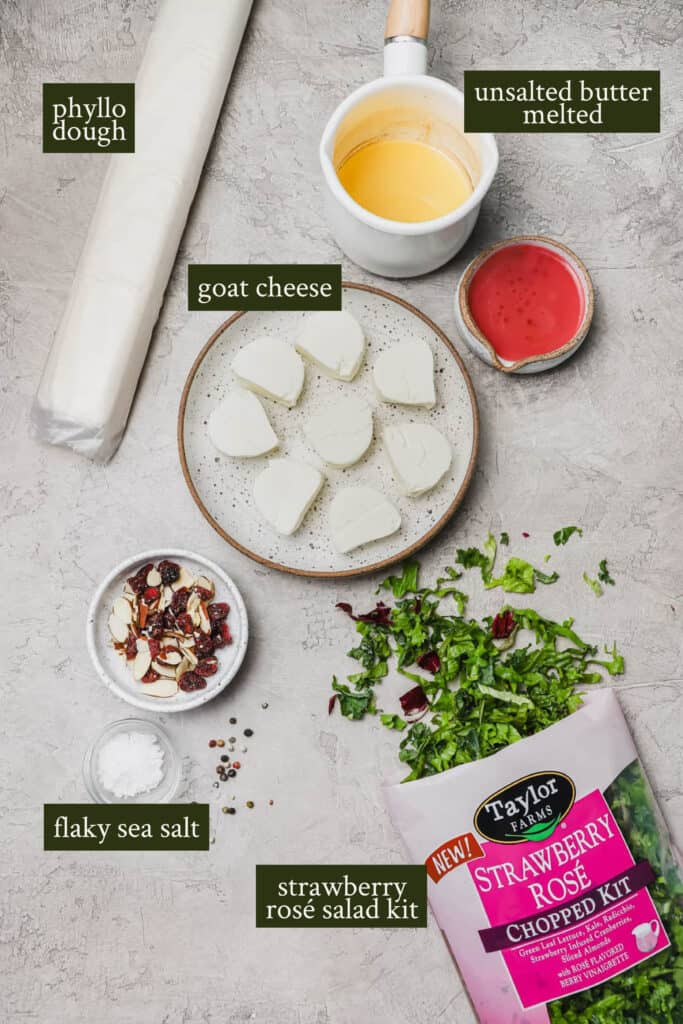 Ingredients for Strawberry rosé salad with goat cheese