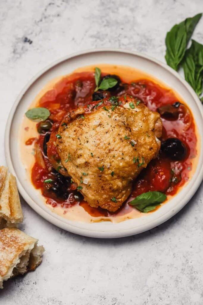 Crispy chicken in Italian gravy
